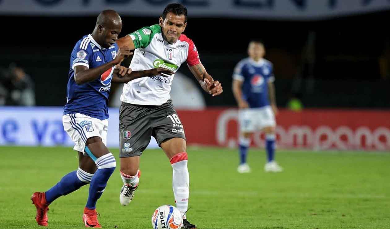 Anier Figueroa, central colombiano jugando para Millonarios