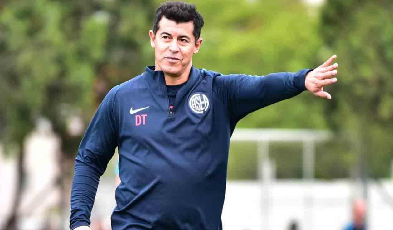 Jorge Almirón, técnico de San Lorenzo de Almagro