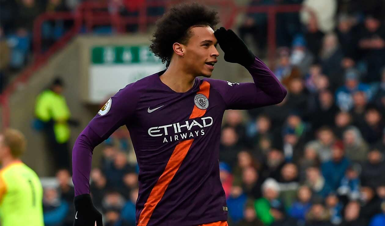 Manchester City sigue a cuatro puntos del Liverpool en la Premier League