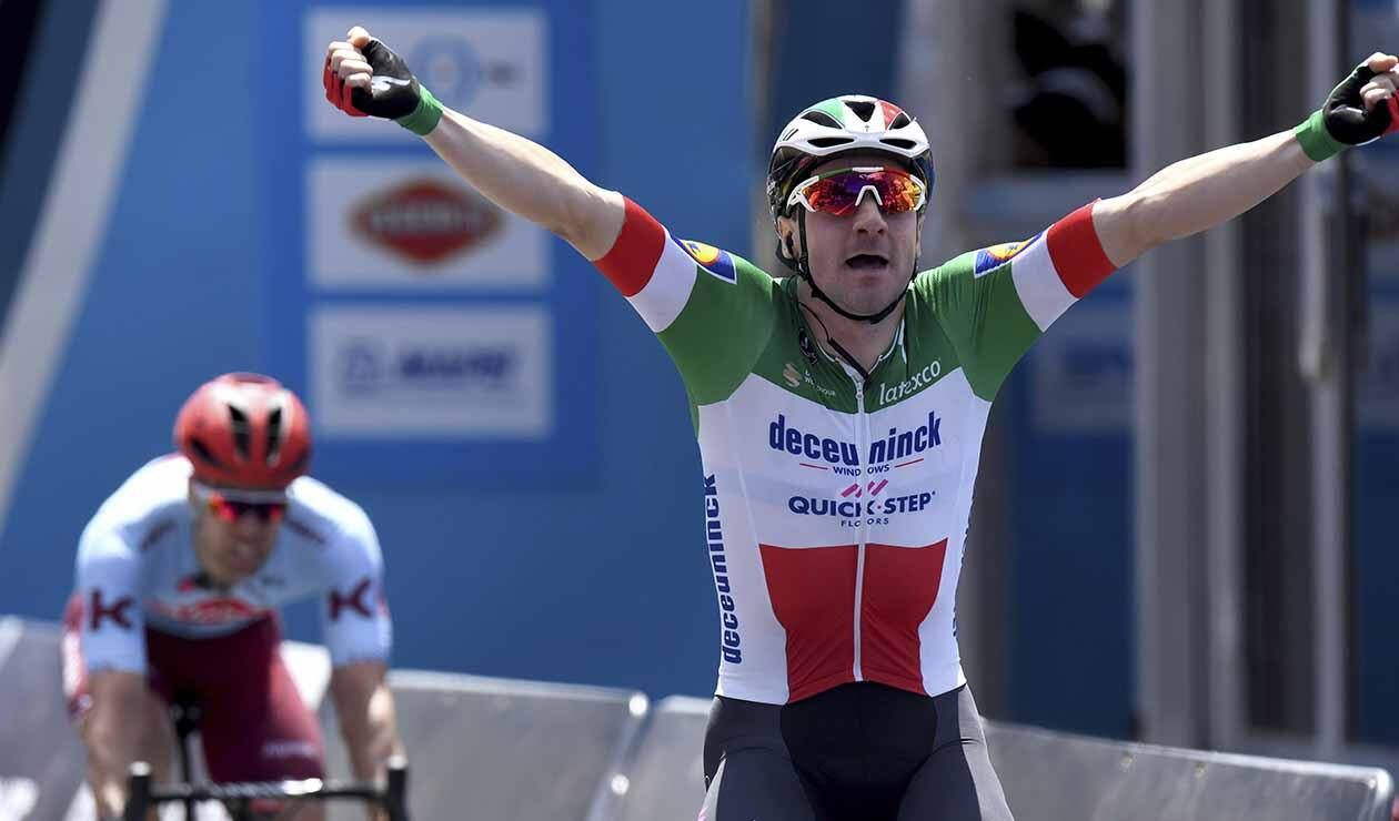 Elia Viviani gana la Cadel Evans Great Ocean Road