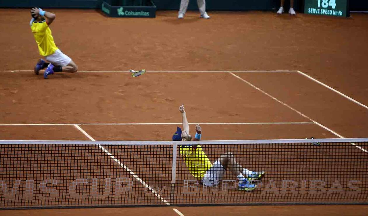 Cabal y Farah celebran la clasificación a la final de la Copa Davis