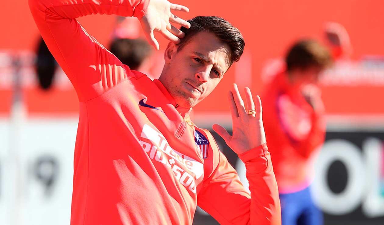 Santiago Arias , en uno de los últimos entrenamientos del Atlético de Madrid antes del derby.