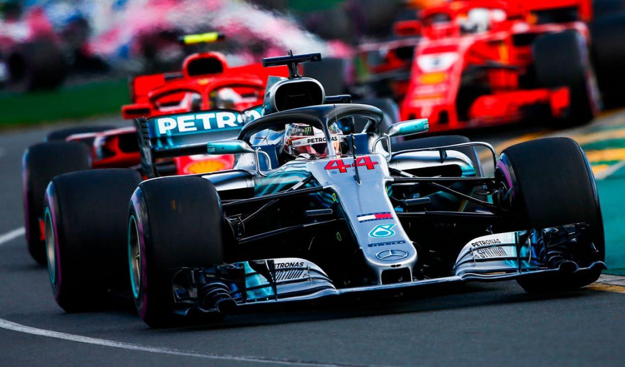 Mercedes Benz espera repetir título con Lewis Hamilton