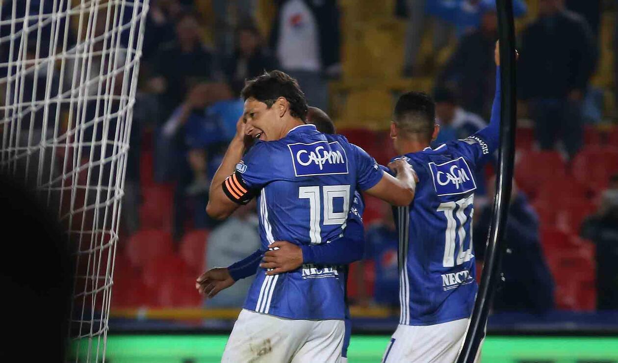 Millonarios celebrando el cuarto ante Unión Magdalena en la Liga Águila