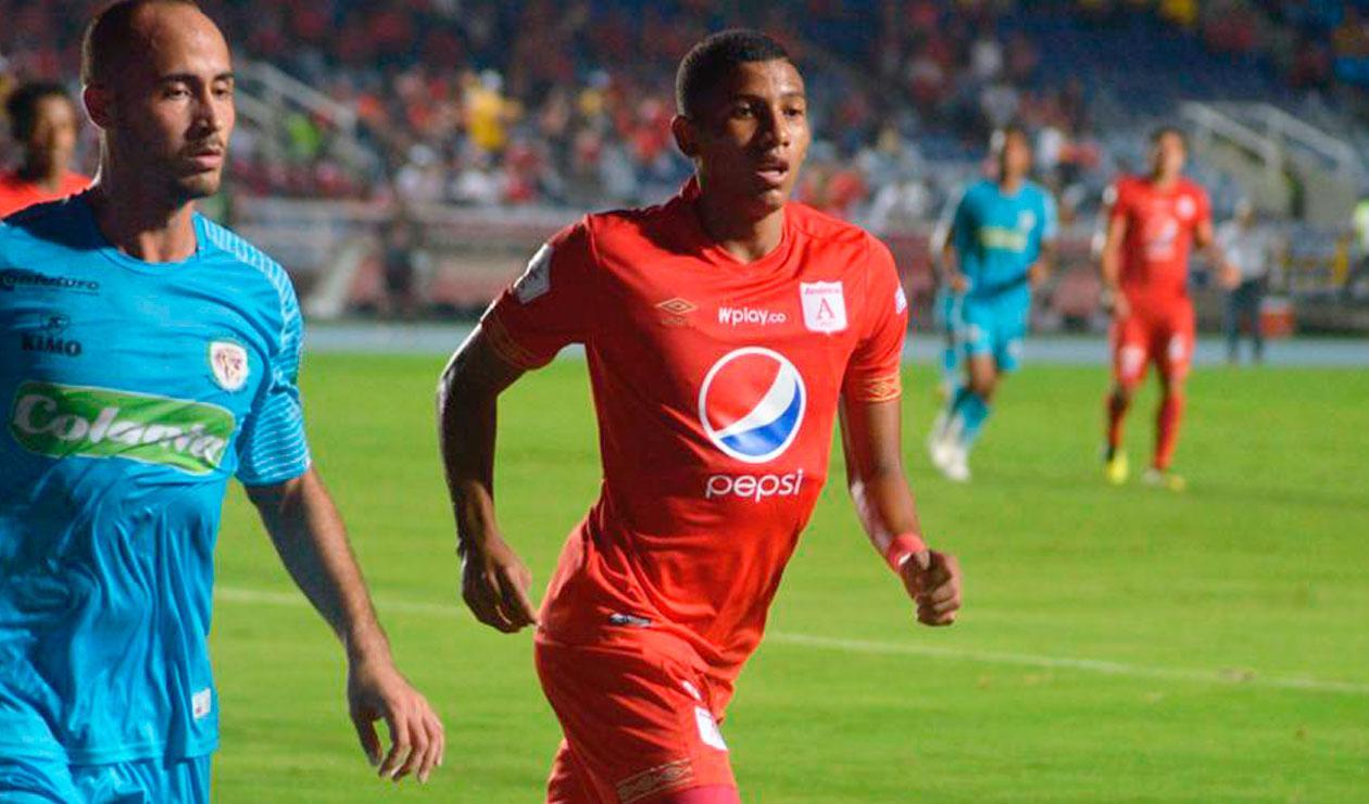 Luis Sánchez en el partido del América ante Jaguares