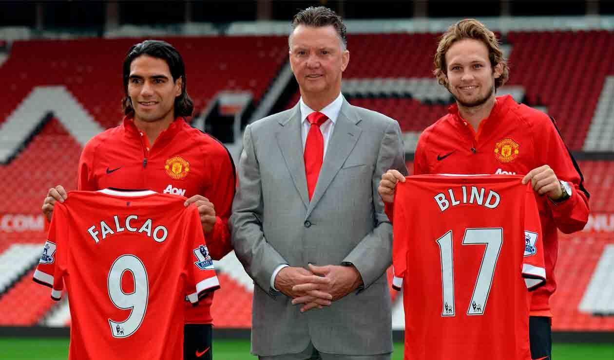 Louis Van Gaal en el día que Falcao fue presentado como jugador del Manchester United