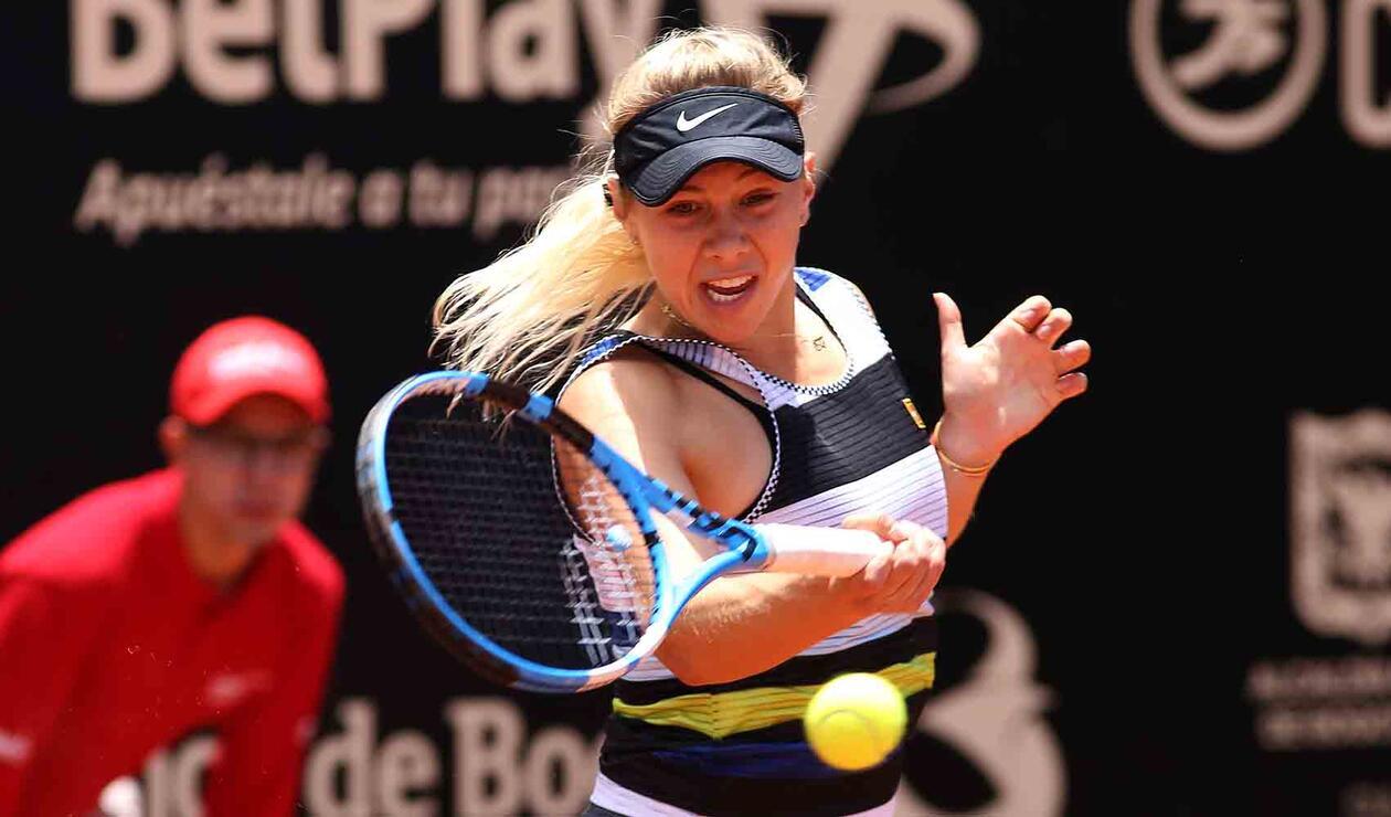 Anisimova doblegó en semifinales a la combativa Beatriz Haddad Maia