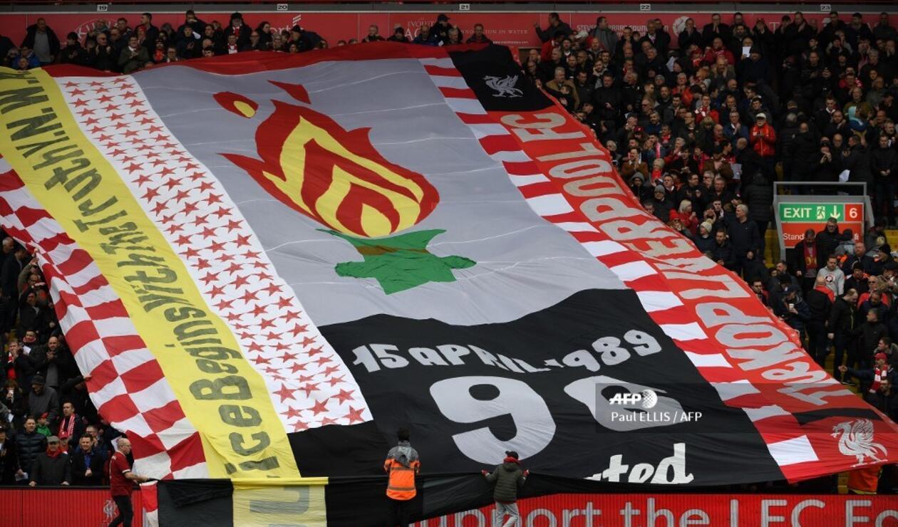 Ante Chelsea, Liverpool conmemoró lo sucedido en la tragedia de Hillsborough.
