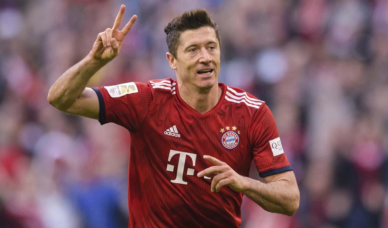 Robert Lewandowski, marcó el segundo gol del Bayern ante el Borussia Dortmund