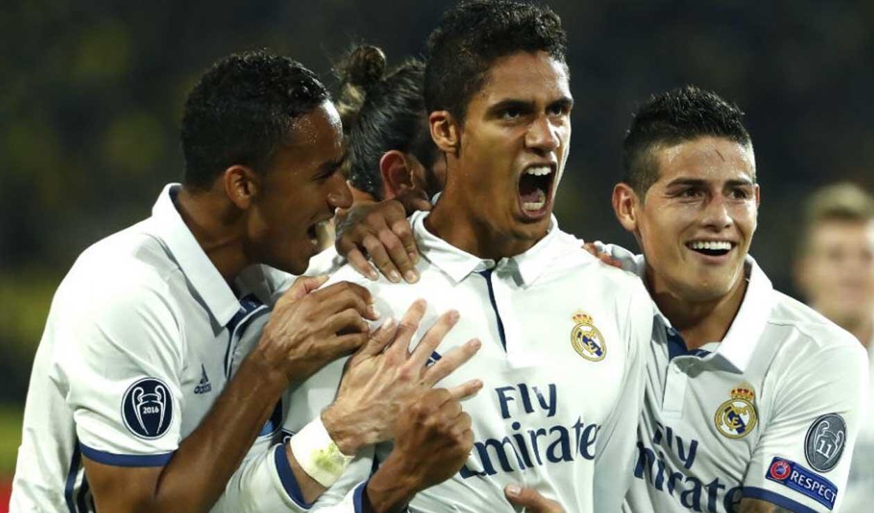 Varane celebrado un gol con el Real Madrid
