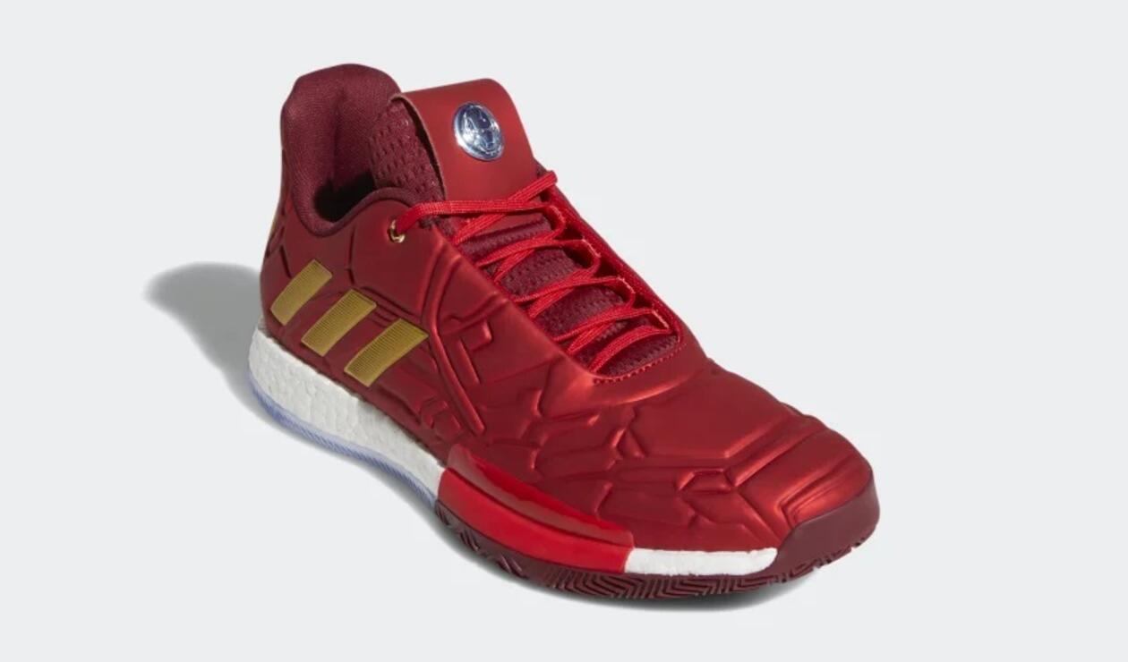 Zapatillas de Adidas con el diseño de Iron Man