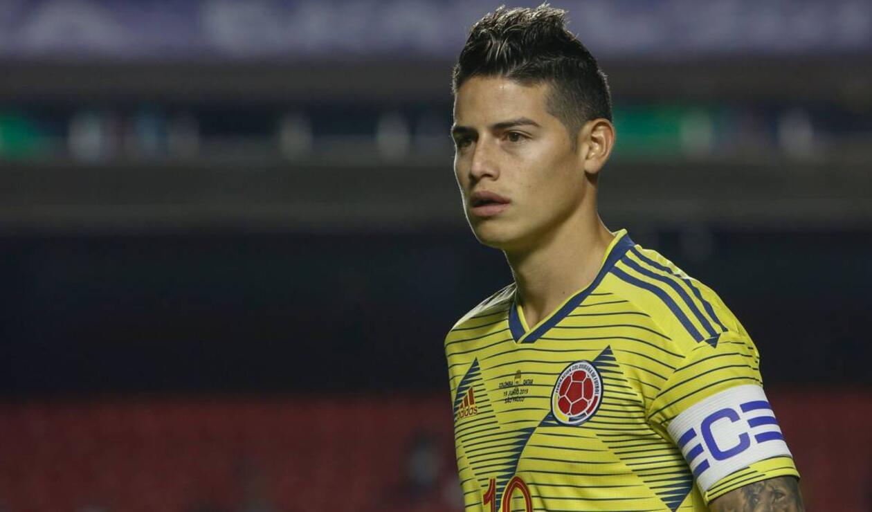 James Rodríguez jugando con la Selección Colombia