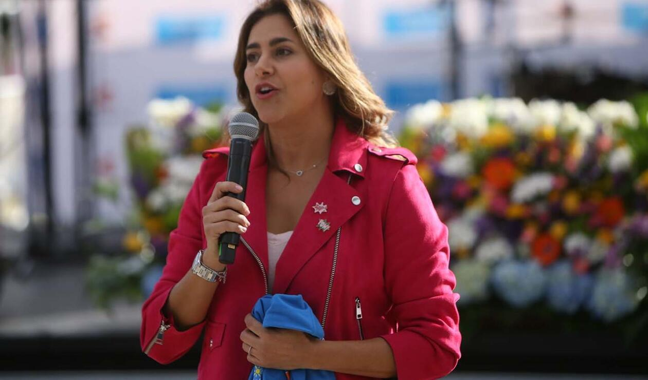 La Primera Dama, doña María Juliana Ruiz Sandoval, participó en la ceremonia de condecoración a RCN Radio por parte de la organización de las Olimpiadas Fides.