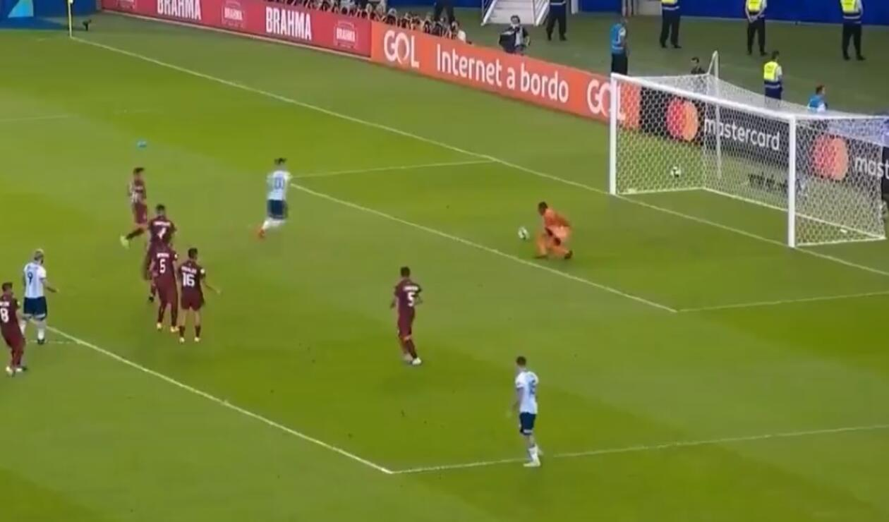 Blooper de Wuilker Faríñez en la Copa América