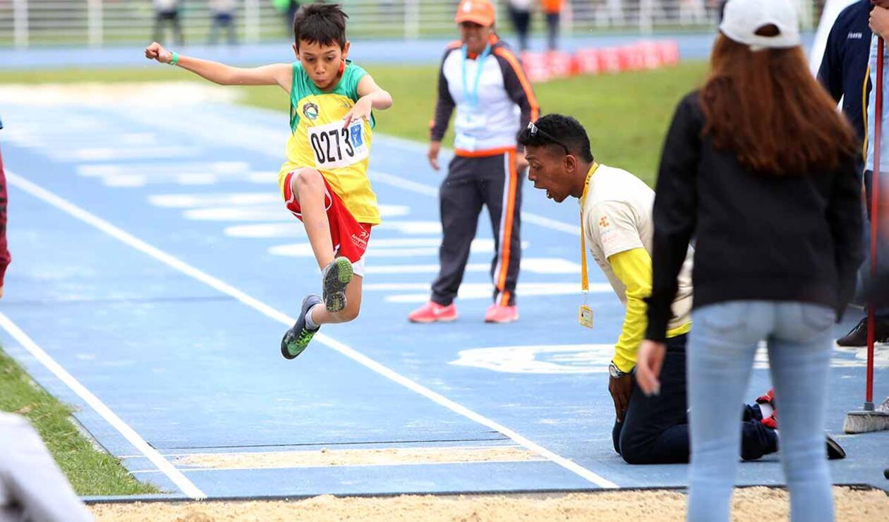 Competir, vencer y compartir, los valores de las Olimpiadas Especiales Fides