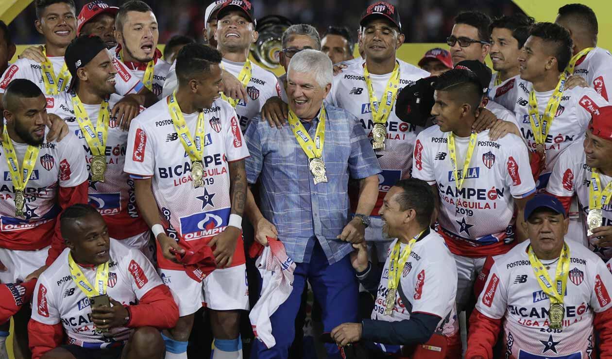 Junior, campeón