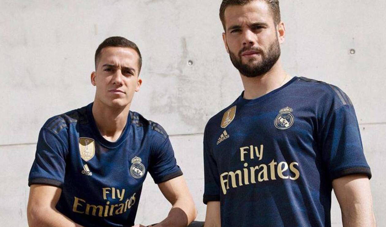 Los jugadores de Real Madrid portando la segunda camiseta de la temporada 2019/20