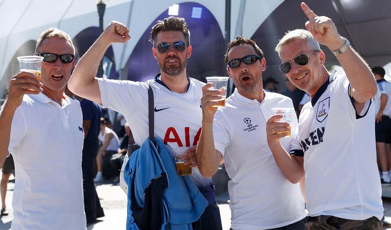 Hinchas del Tottenham y Liverpool así respiran la final de Champions