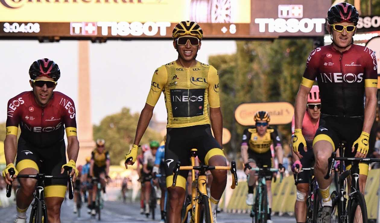Egan Bernal, campeón del Tour de Francia en el paseo por Los Campos Elíseos