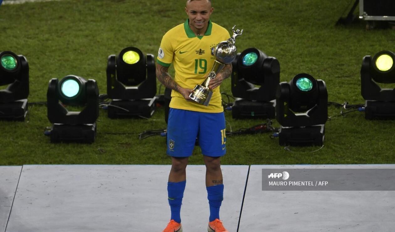 Everton, goleador de la Copa América