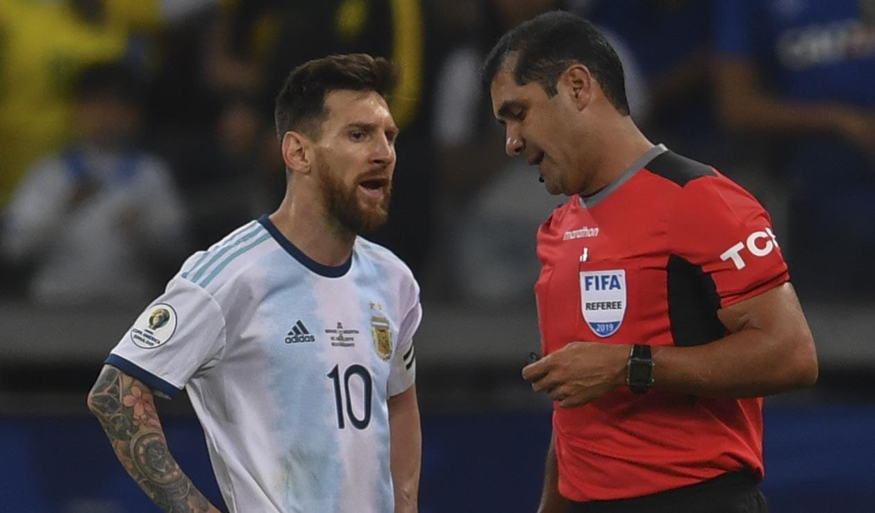 Lionel Messi y Roddy Zambrano