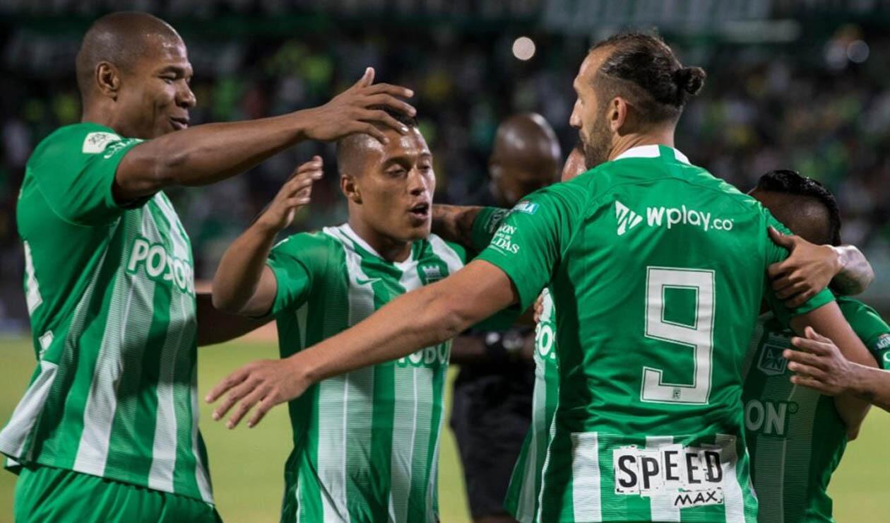 Atlético Nacional, jugadores celebrando un gol
