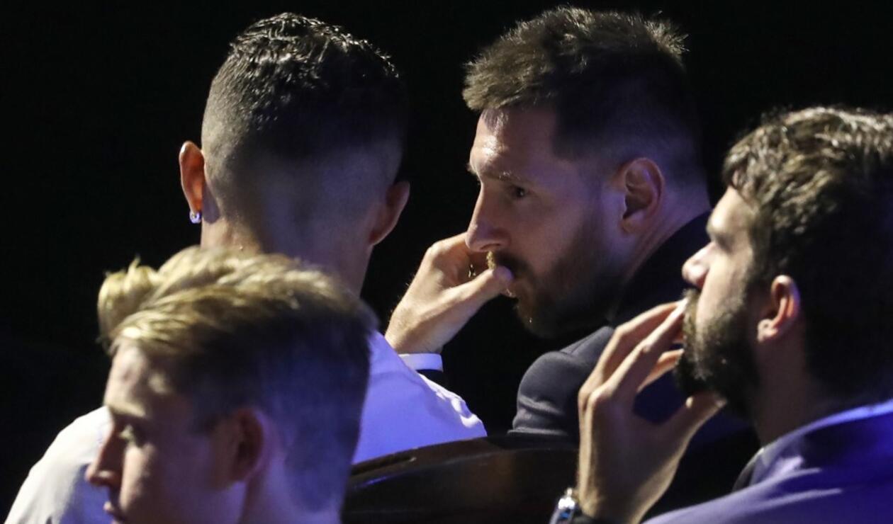 Cristiano Ronaldo y Leo Messi en la gana a mejor jugador UEFA (2019)