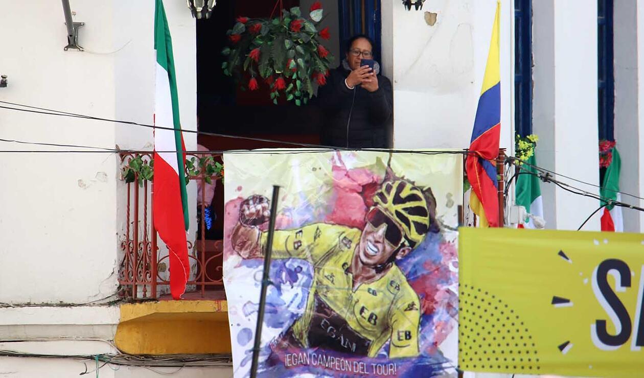 Homenaje a Egan Bernal, Tour de Francia