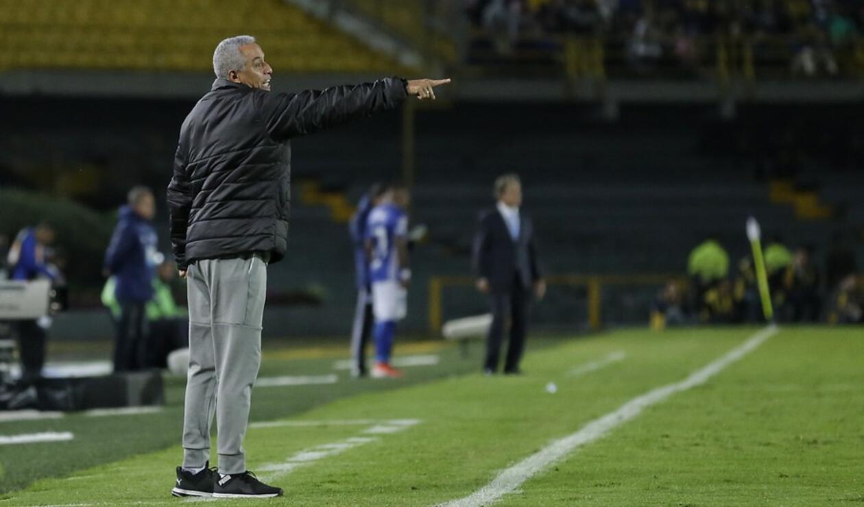 Alexis Mendoza, técnico de Independiente Medellín