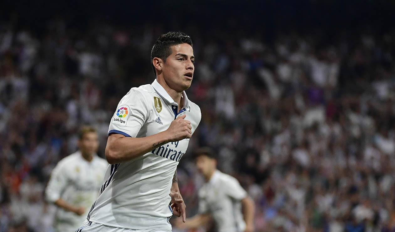 James Rodriguez vistiendo los colores del Real Madrid