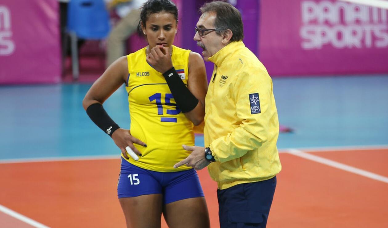 Así fue la actividad de las deportistas colombianas en la final de voleibol femenino.