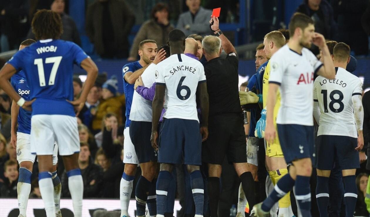Everton vs Totteham- Lesión Gomes