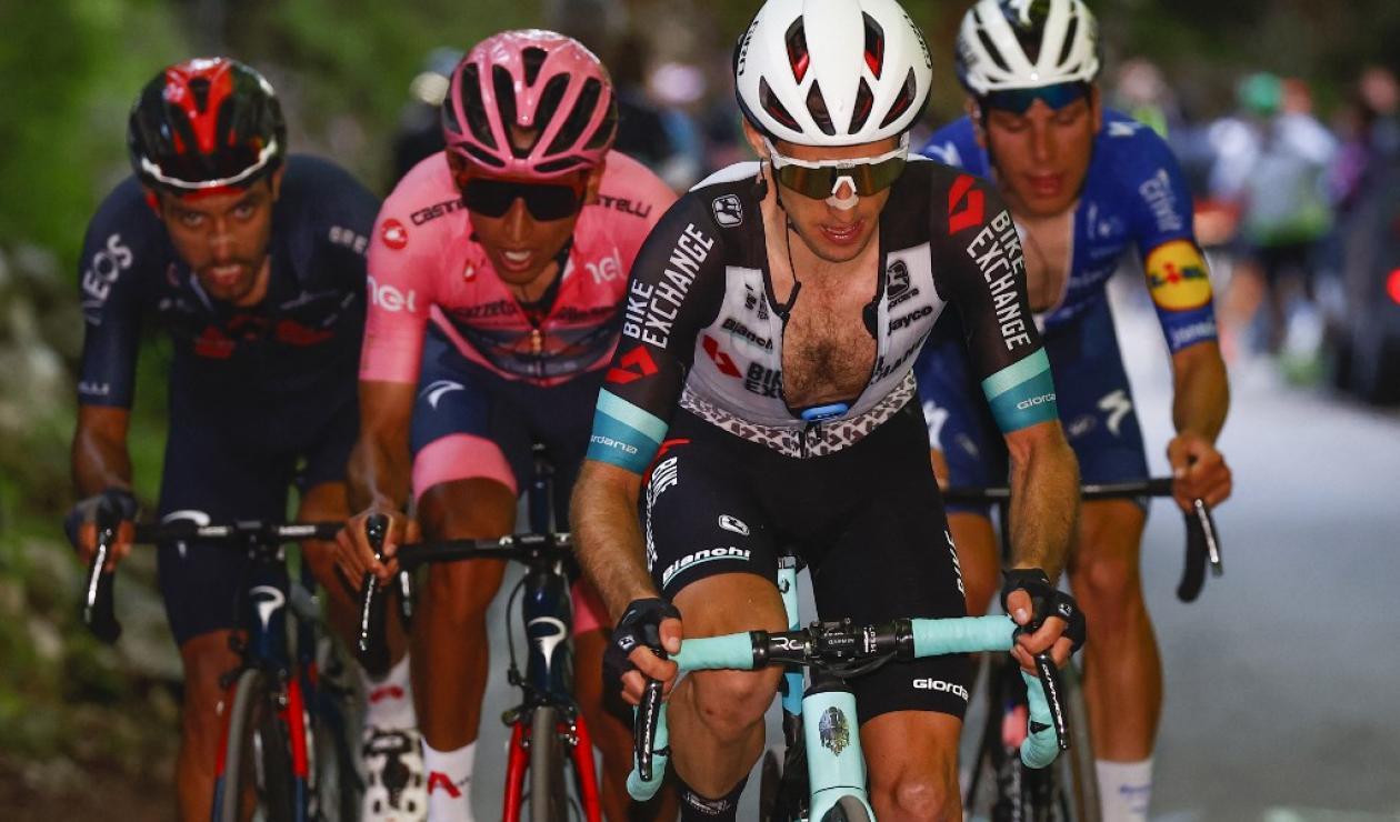 Egan Bernal, Giro de Italia 2021, Simon Yates