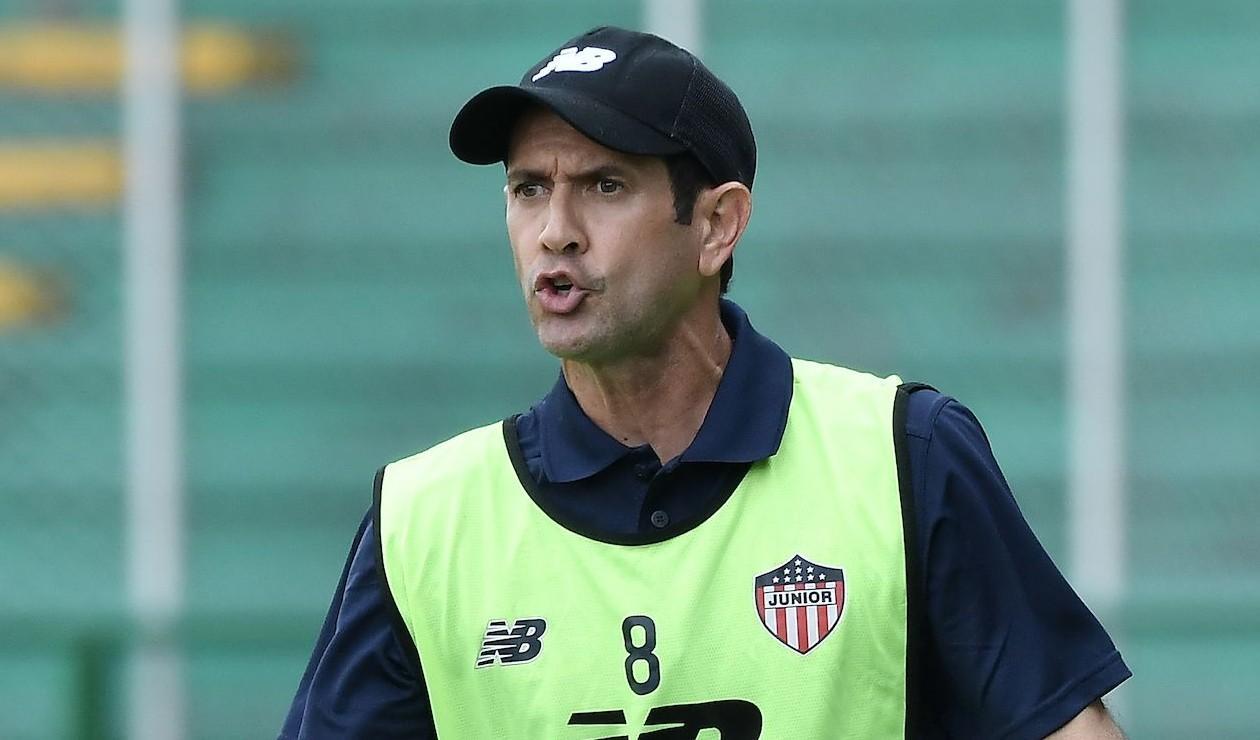 Arturo Reyes, técnico del Junior