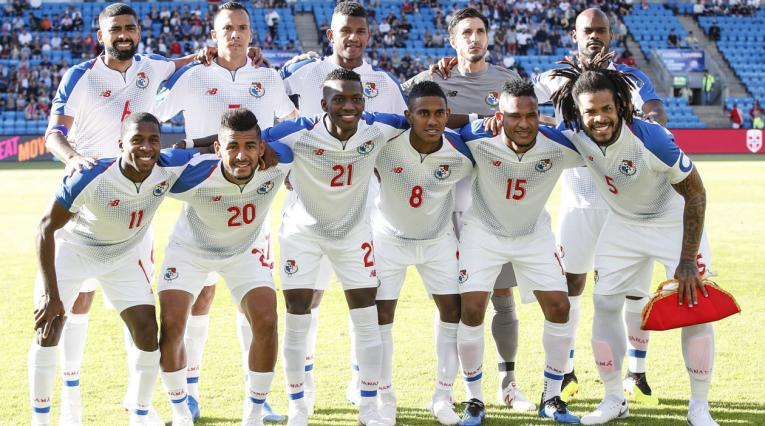 La Selección Panameña posando antes del amistoso frente a Noruega