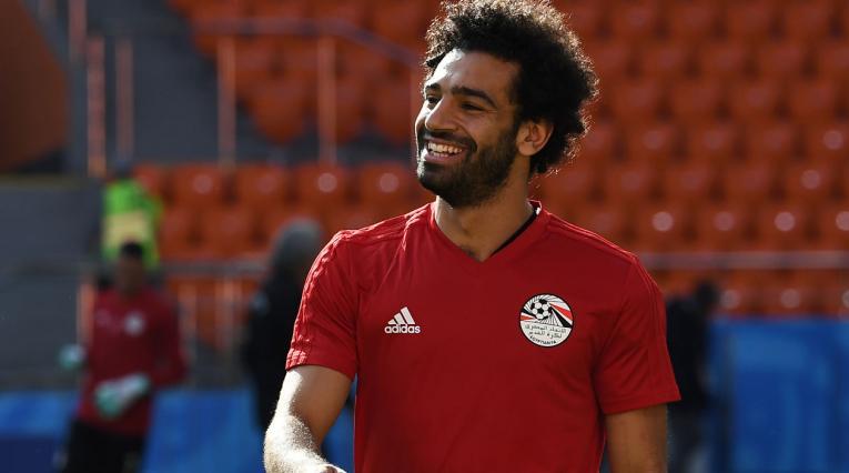 Mohamed Salah sonriendo en la concentración de Egipto, Rusia 2018