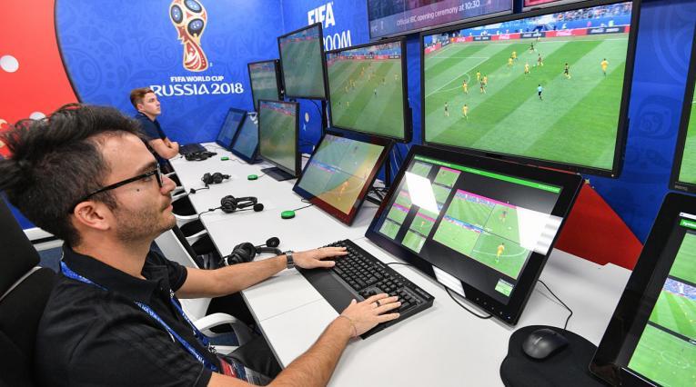 Sala de operaciones del VAR en la Copa Mundo Rusia 2018