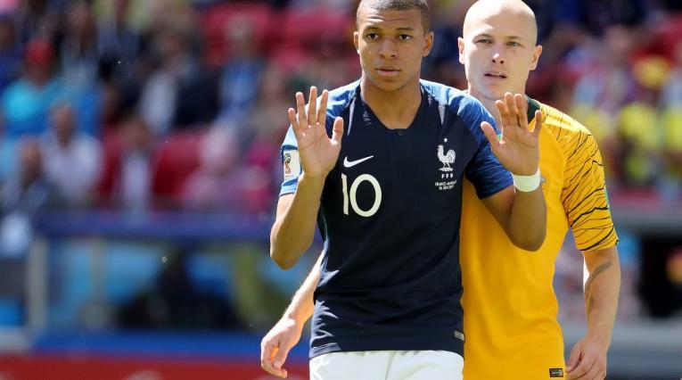 Kylian Mbappé, delantero francés en el partido ante Francia