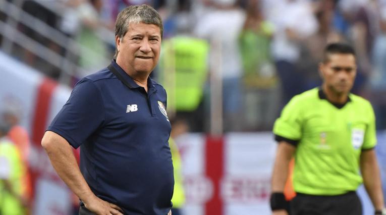 Hernán Darío Gómez sufrió con Panamá ante Inglaterra