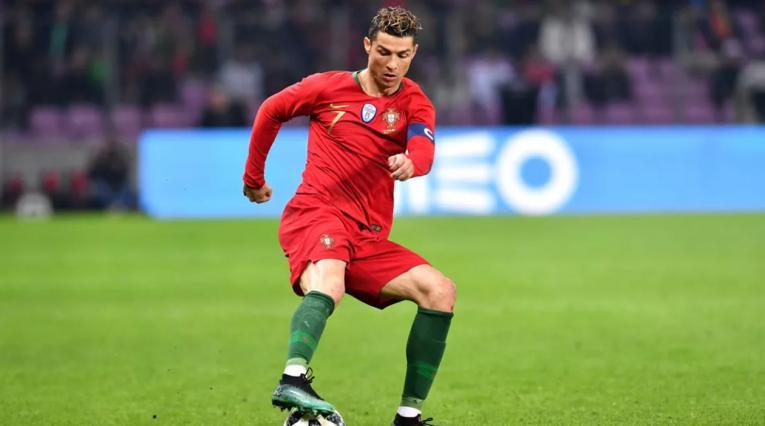 Cristiano Ronaldo jugando con la Selección de Portugal