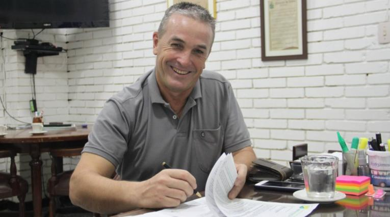 Néstor Craviotto, técnico de Huila