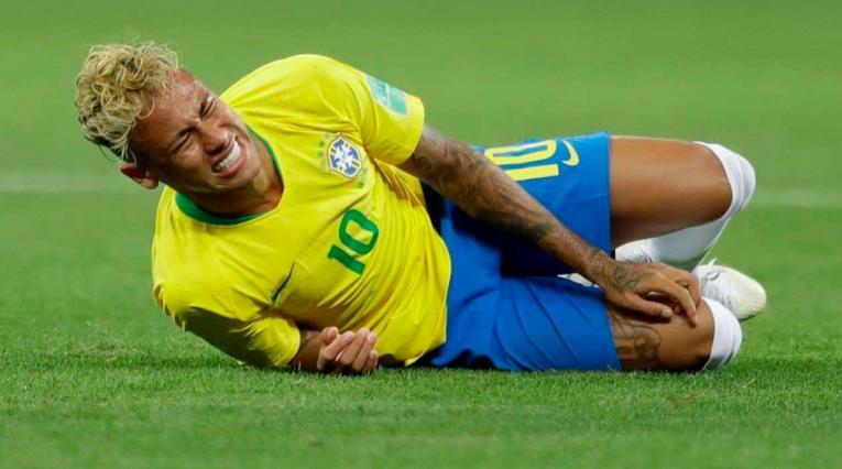 Neymar fue preocupación en Brasil por lesión