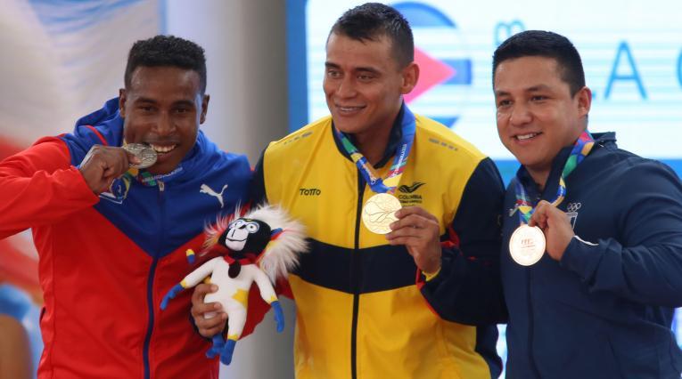 Hugo Fernando Montes - Oro en Pesas