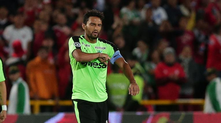 Abel Aguilar no reforzaría a Rosario Central, según directivo del club
