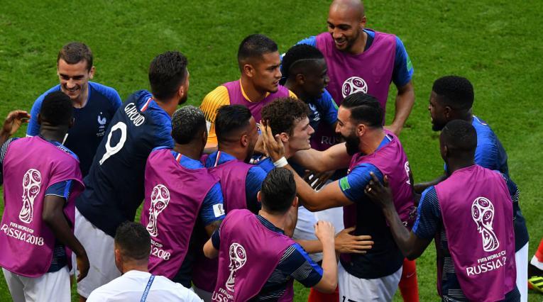 Benjamin Pavard celebrando su gol ante Argentina en Rusia 2018