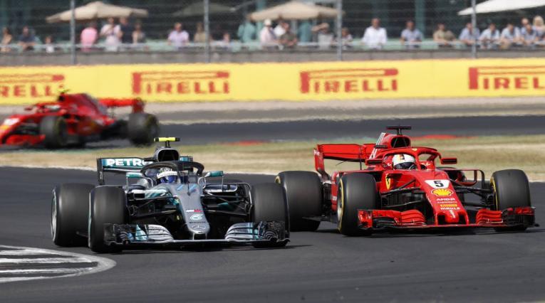 Mercedes Hamilton Ferrari Vettel