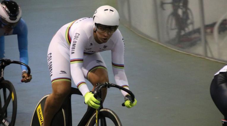 Fabián Puerta ganó oro en el Keirin