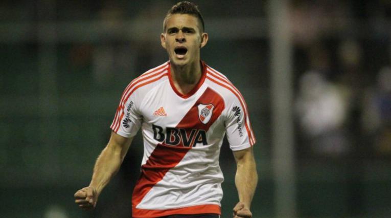 Rafael Santos Borré fue noticia en la goleada de River Plate sobre Central Norte