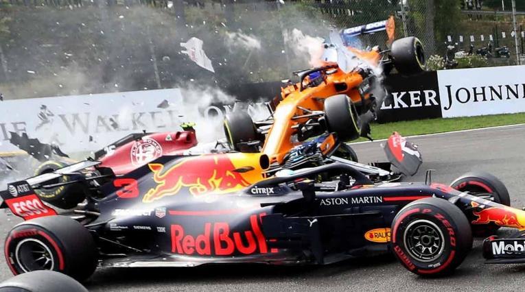 Nico Hülkenberg (Renault) provocó accidente en el GP de Bélgica
