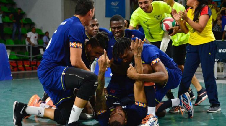 Colombia celebra el triunfo sobre Cuba en voleibol de los Centroamericanos 2018